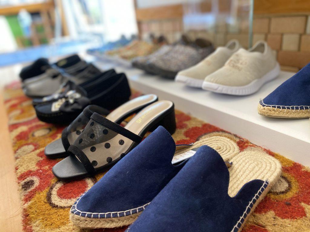 取扱商品 靴やサンダルなどの履物